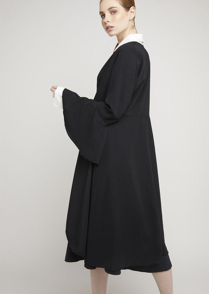 Black color Shrugs . LAIQA Amal Black Outer -