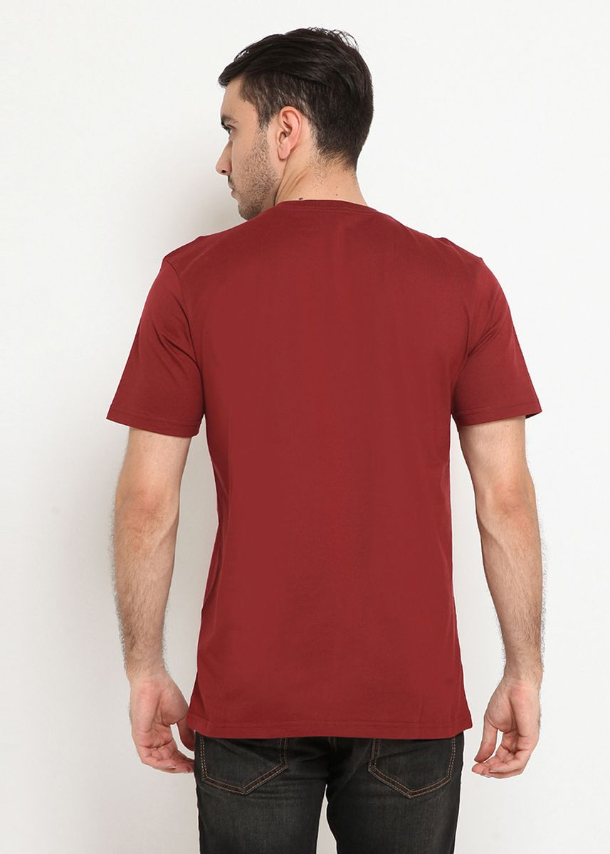 Maroon color T-Shirts and Polos . POLICE Kaos Cotton Combed Pria  -
