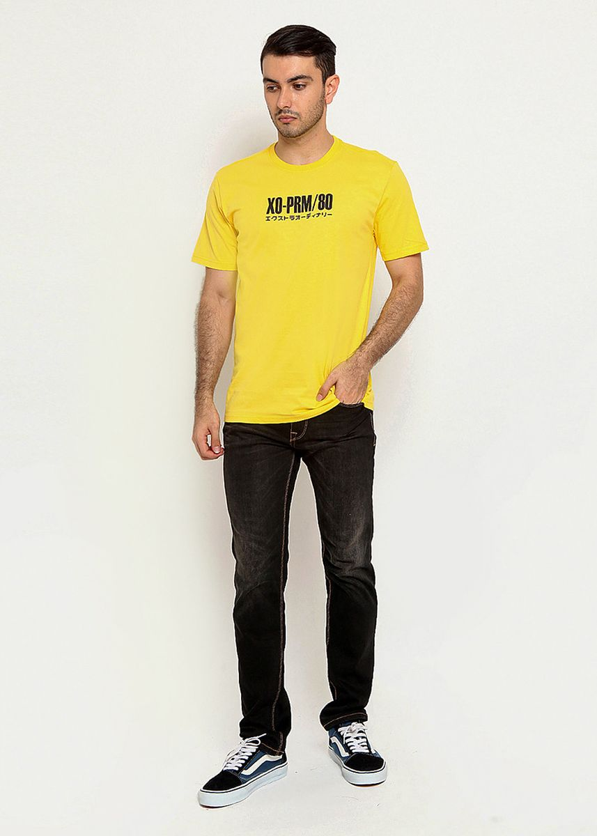 Yellow color T-Shirts and Polos . XTRAORDINARY Kaos Prime Cotton Combed Pria  -
