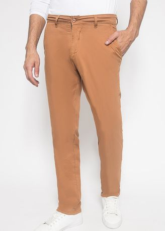Casual Trousers and Chinos . Johnwin - Celana Casual - Celana Chinos - Coklat - Slim Fit -