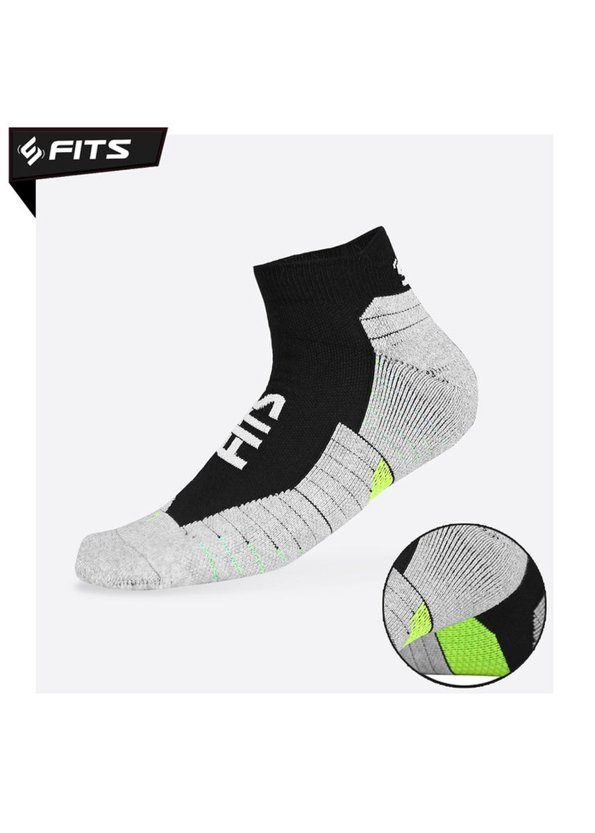Multi color Socks . SFIDN FITS Safeguard Socks / Kaos Kaki Olahraga / Unisex / Universal -