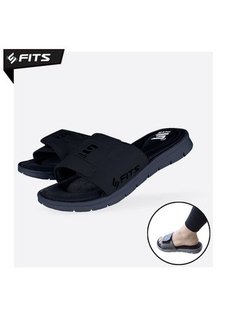 Black color Sandals and Slippers . SFIDN FITS Cloudfoam Slide Sport Sandal / Sandals / Olaharaga / Selop - Hitam, -