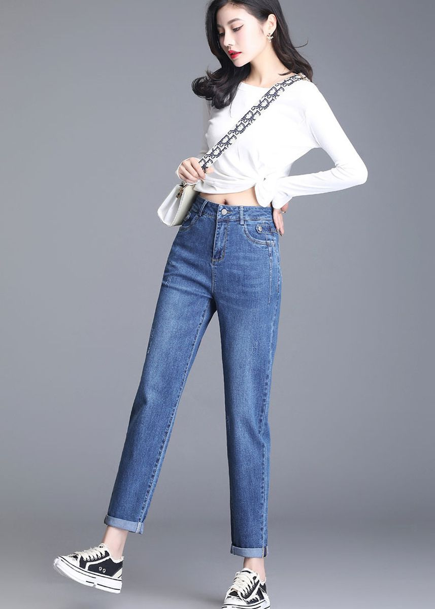 Blue color Jeans . Jin Yi Lai The New High Loose Waist Thin Women's Jeans -