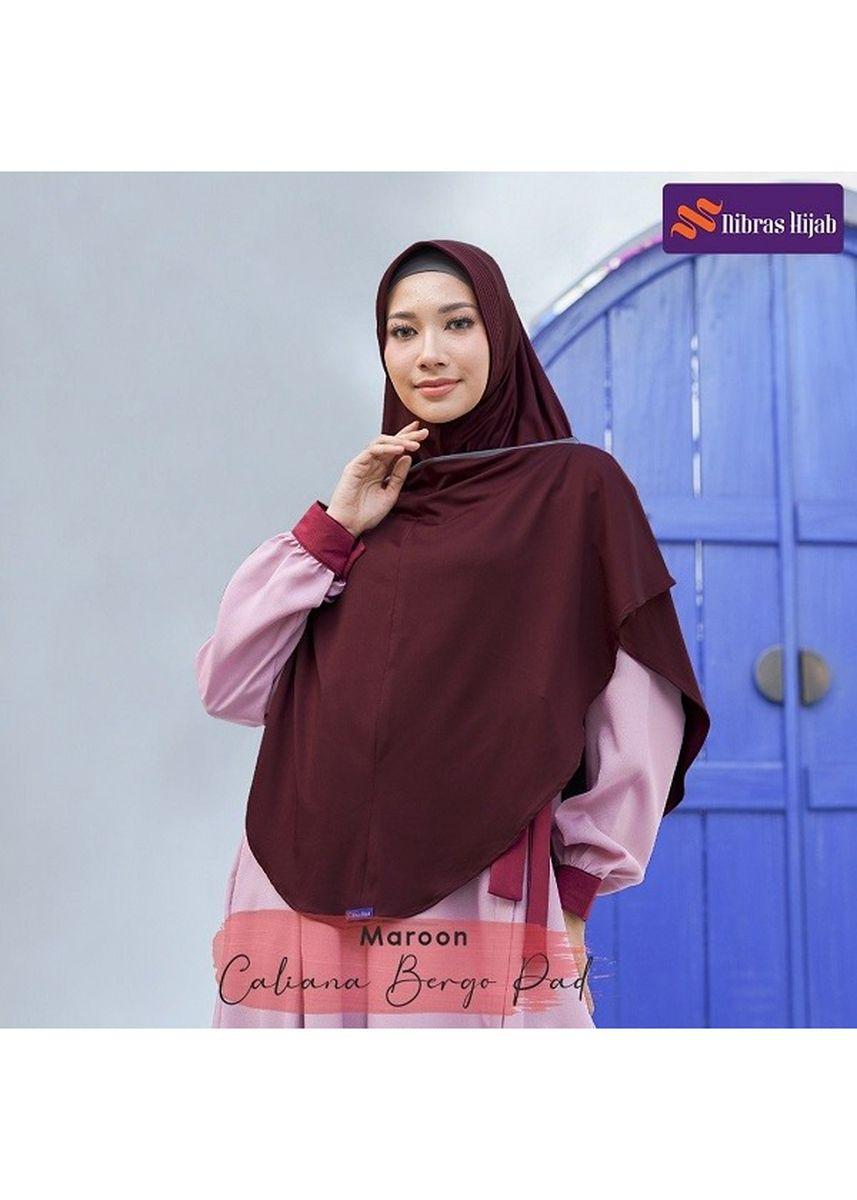 Maroon color Hijab . CALIANA BERGO maroon -