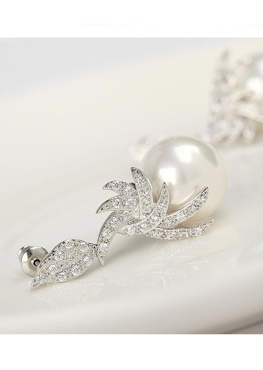 Silver color  . Round Pearl Korean Style Earrings -
