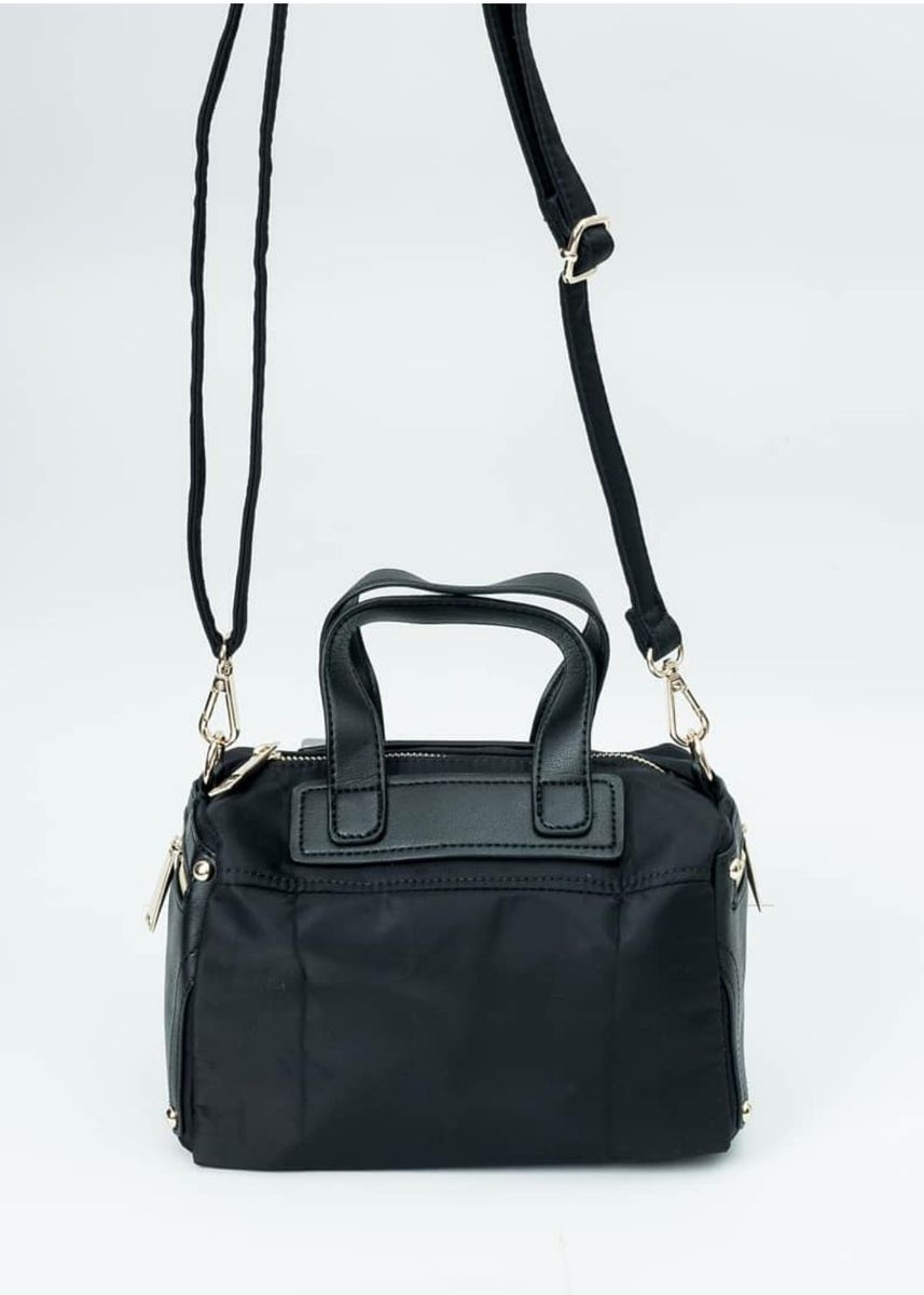 Black color Hand Bags . Hand Bag Import Champions multifungsi jadi Tas Selempang Wanita Anti Air -
