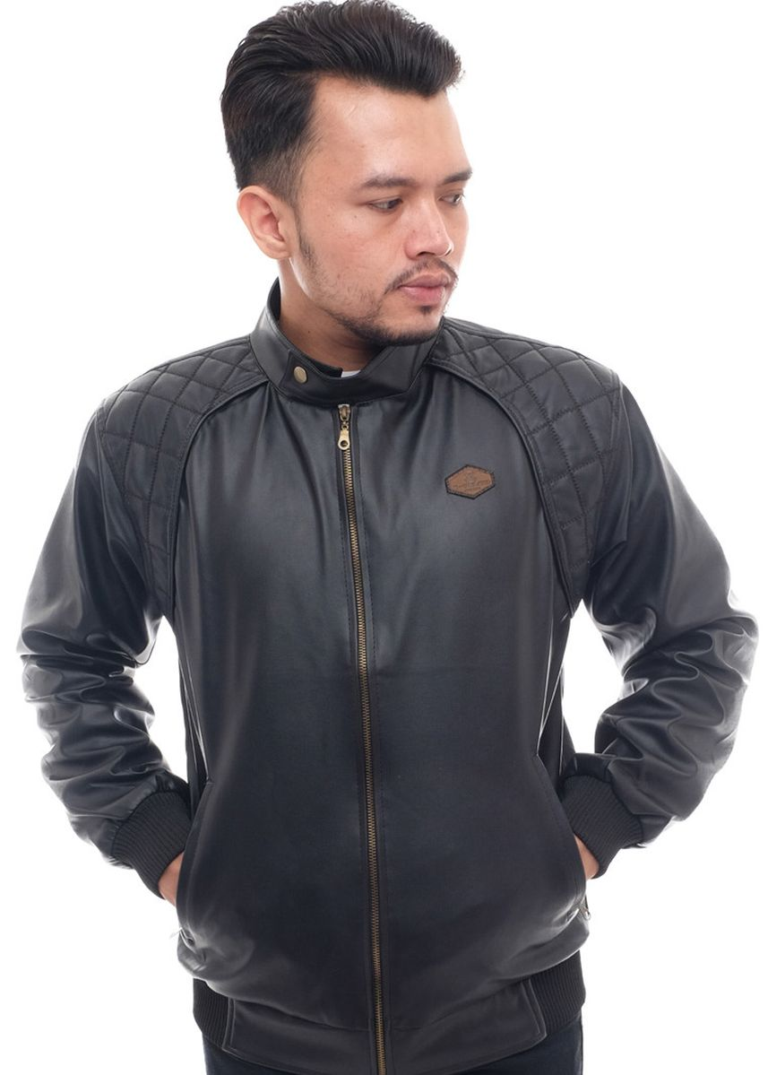 Black color Outerwear . X-Urband Official - Jaket Kulit Sintetis (Hitam) A027 -