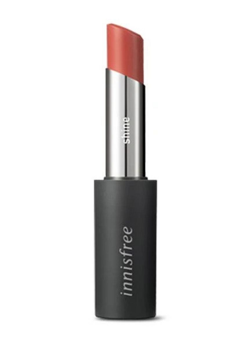 Tan color Lips . Innisfree Real Fit Shine Lipstick 06 3.3g -