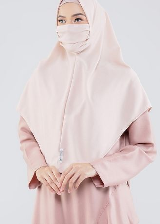 Beige color Hijab . Cyra Hijab Mask 08 Cream -