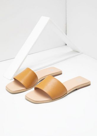 Brown color Sandals and Slippers . Sophie Terre Basic Sandals Brown -