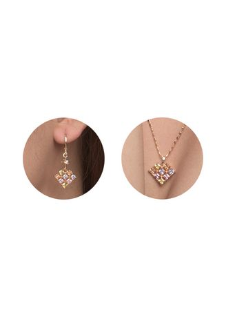 Gold color  . Seriously Earring Set -