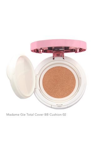 BBC02 color Wajah . Madame Gie Total Cover BB Cushion - MakeUp Foundation Dewy -
