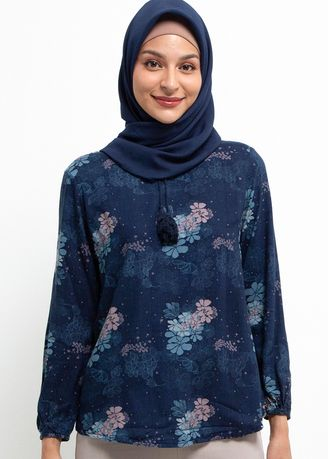 . Expand Adeline Blouse 049.51540.49 -