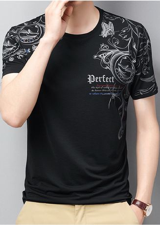 Black color T-Shirts and Polos . Gothic Print Casual T-Shirt -