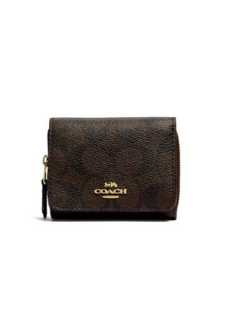 IM/BROWN/BLACK color Wallets and Clutches . กระเป๋าสตางค์  COACH 7331 SMALL TRIFOLD WALLET IN SIGNATURE CANVAS (IMAA8) [7331IMAA8-MA] -